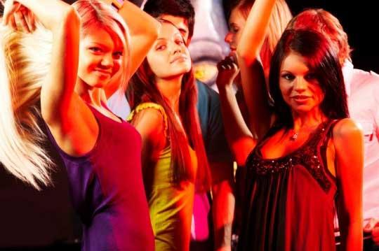 Ukraynalı öğrenci kızlar