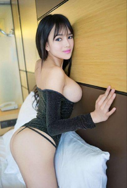 erotic-massage-asian-naked