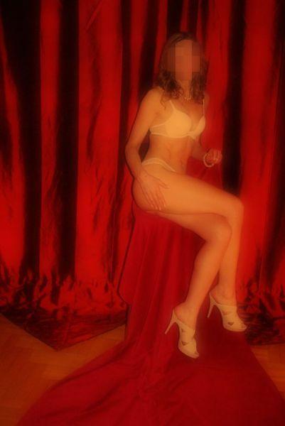 erotic massage studio realescor