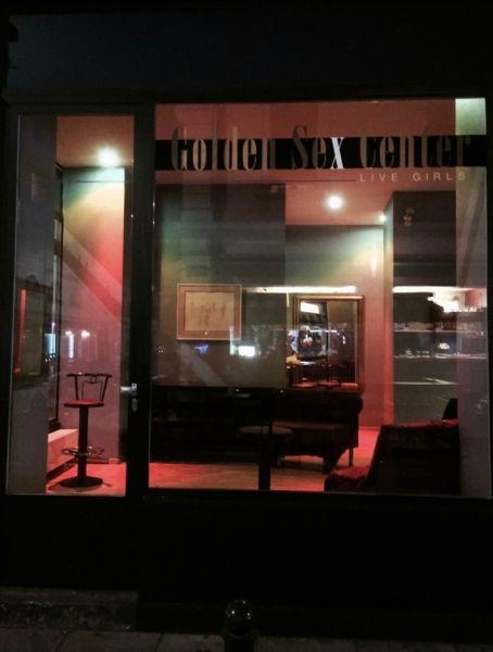 Jobs for charming Hungarian girls in Golden Sex Center