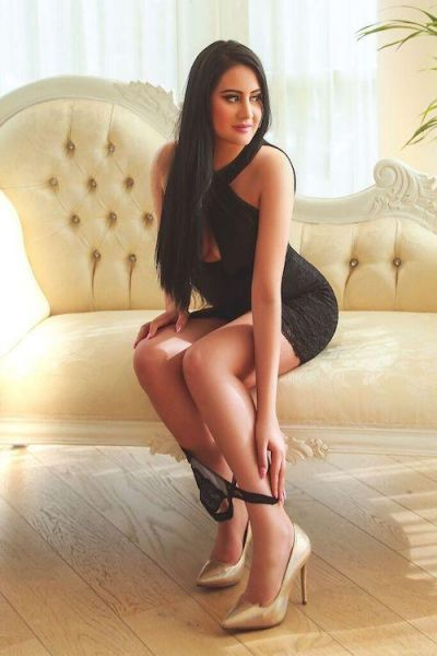 ROSY Beirut females escorts lebanese +96176681342
